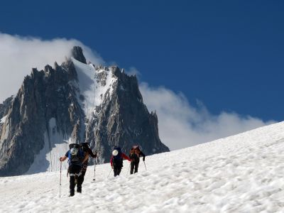 Mont Blanc ascent with preparatory workshop - classic route - 6 days - Azimut Ski Bike Mountain - www.azimut.ski