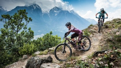VTT Enduro - Week end Ride dans les Ecrins - Azimut Ski Bike Mountain - www.azimut.ski