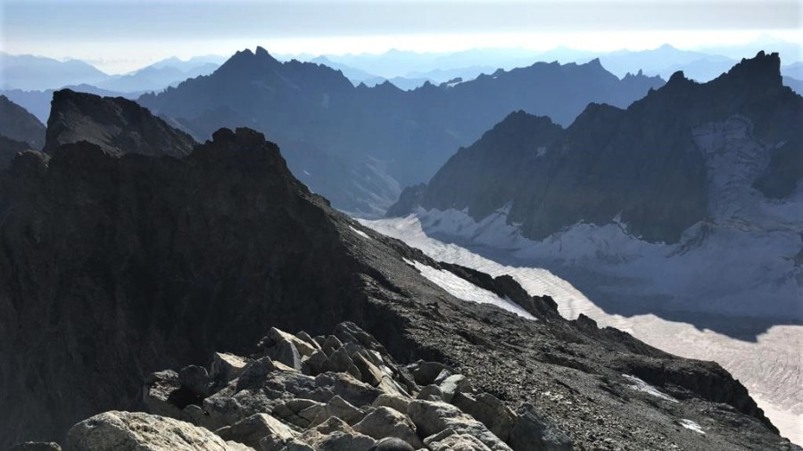 Stage d'initiation face au Dôme des Ecrins (4015m) - Alpinisme