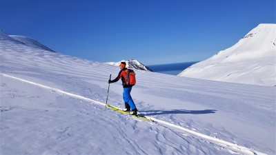 The mysterious Troll peninsula - Ski touring in Iceland - Azimut Ski Bike Mountain - www.azimut.ski