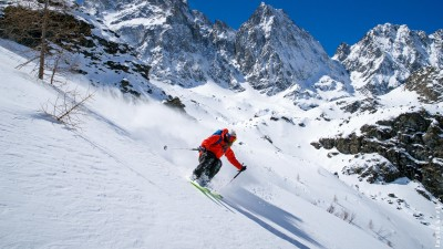 Coming soon: Ski freeride dans l'immensité des Portes du Soleil - Azimut Ski Bike Mountain - www.azimut.ski