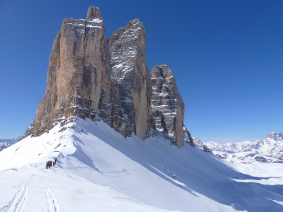 Ski touring across the Dolomites - Azimut Ski Bike Mountain - www.azimut.ski